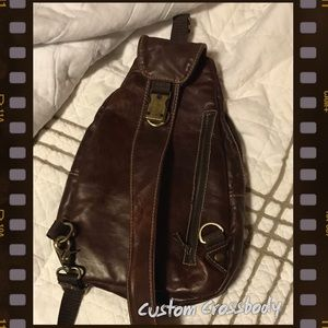 Custom Leather Crossbody bag w lots of pockets!